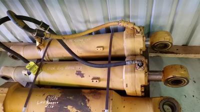 Caterpillar 4T9977 Ripper Tilt Cylinder